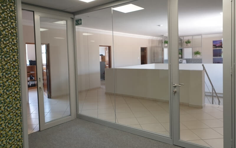 Office working environment screening for affordability and functionality